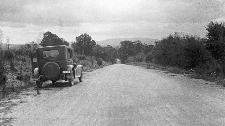 Car on Side of Road, Victoria, circa 1925. Source Museum Victoria.