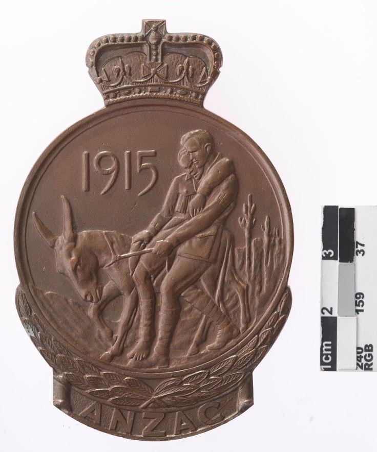 ANZAC Commemorative Medallion. Source Museum Victoria.