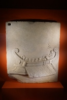 Relief, Roman warships Cumae, marble, 1 cent. AD. Photo © Jade Koekoe