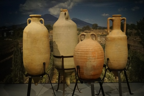 Olive oil amphora from Africa found at Ostia, 3 cent. AD. Photo © Jade Koekoe