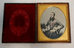 Example of Ambrotype Photography. Photo by Jade Koekoe